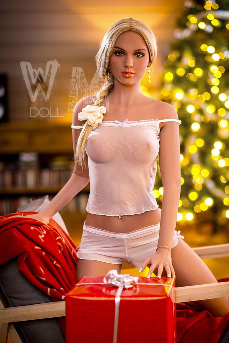 Viviana (22 years)